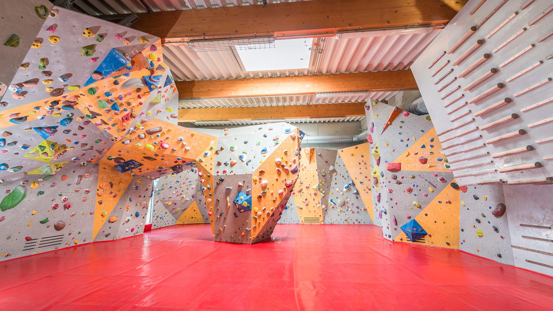 Kletterausrüstung Würzburg : Dav kletterzentrum würzburg u kletter und boulderspaß pur